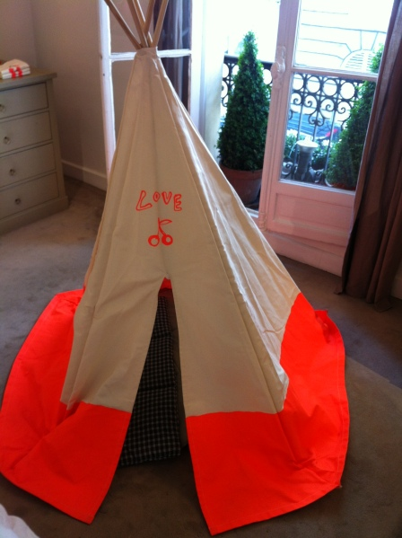 Tipi Bonpoint orange fluo